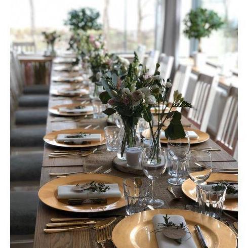 nakryty stół do imprez okolicznościowych 5